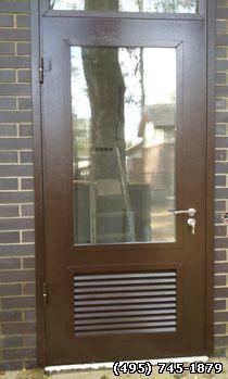 уличная металлическая дверь с напылением для котельной
